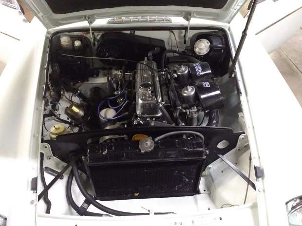 MG B GT