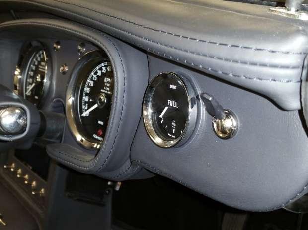 MG B Roadster